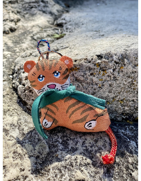 """Symbol of the year 2022 Keychain """"Tiger in a scarf"""""""