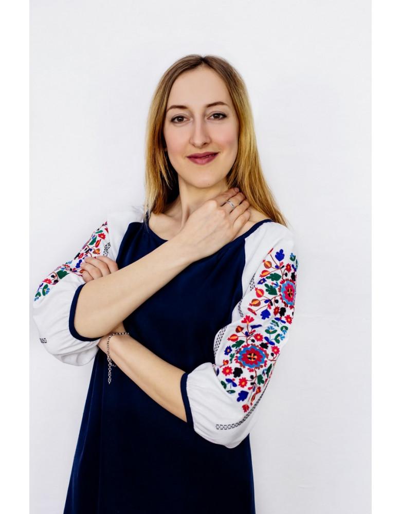Dress wiht embroidery Yavorivska