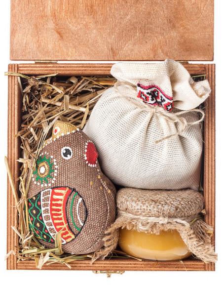 Набір №38. Коробка, курчатко, мед, чай трав'яний, сіно