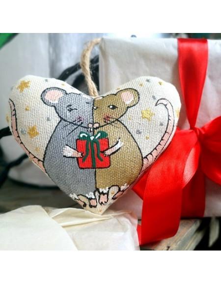 Vanilla Heart with Rats